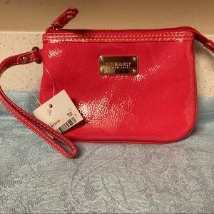 NWT NINE WEST wristlet in hot pink w/gold hardware